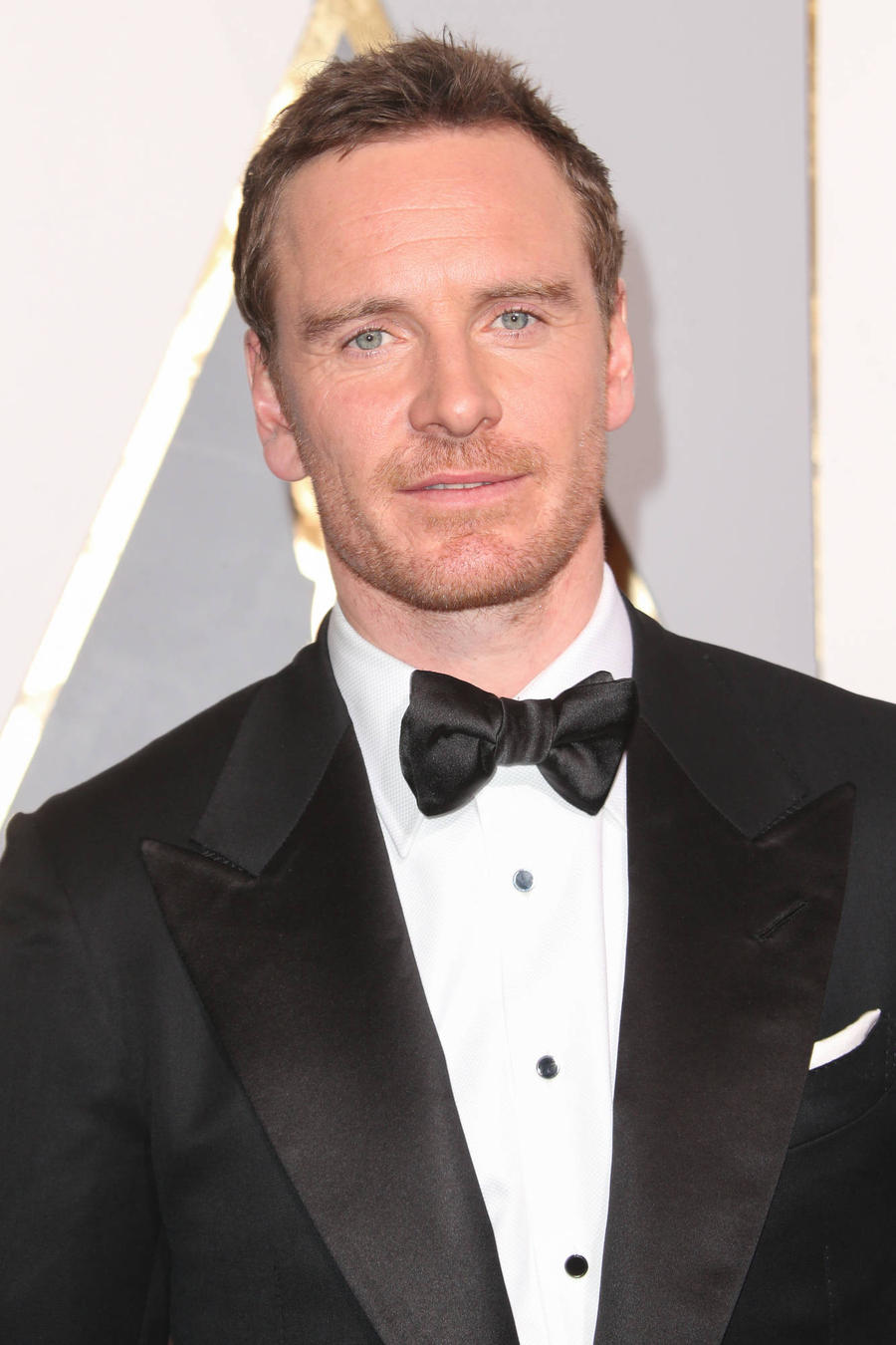 Michael Fassbender Urges Friends To Turn Off Their Phones