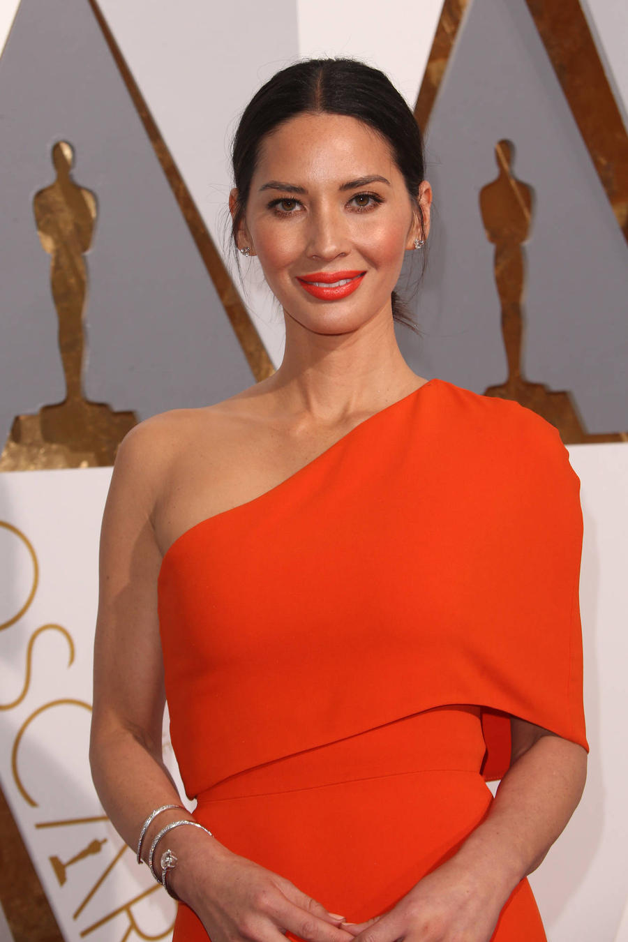 Olivia Munn Got 'A Bunch' Of Her Eggs Frozen