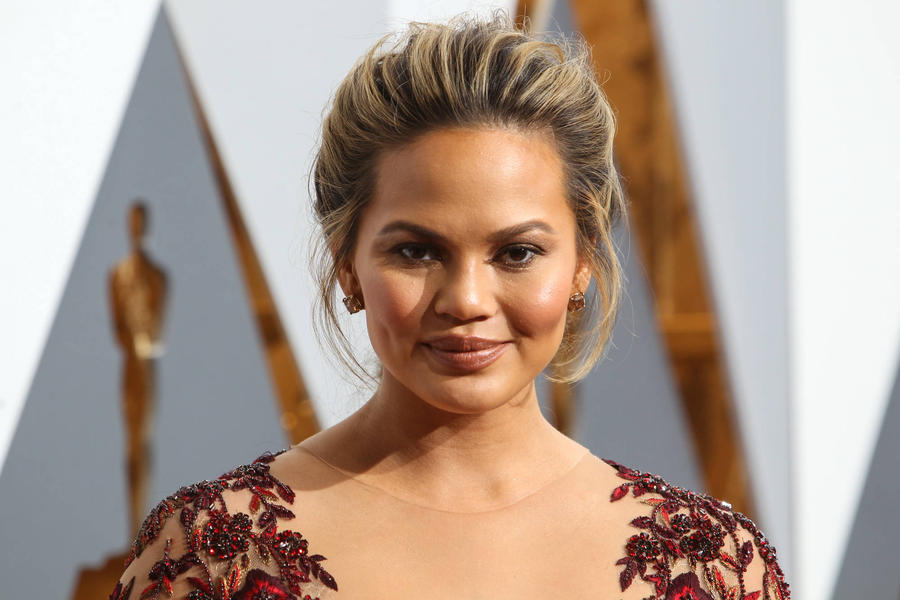 Chrissy Teigen Was Uncomfortable With Taylor Swift's Grammy Speech