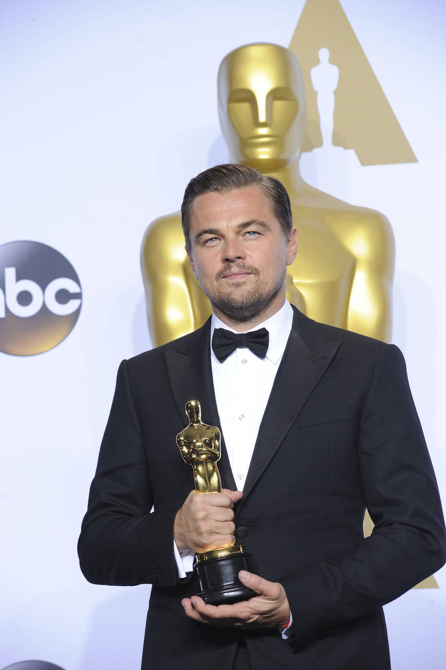 Leonardo Dicaprio Receives Support From Indonesian Official