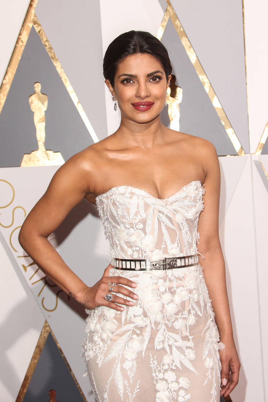 Priyanka Chopra Receives Top Award In India