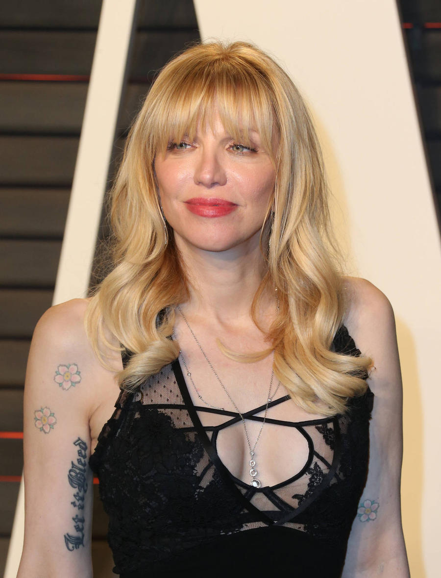 Courtney Love To Play Joey King's Mum In Bestseller Adaptation