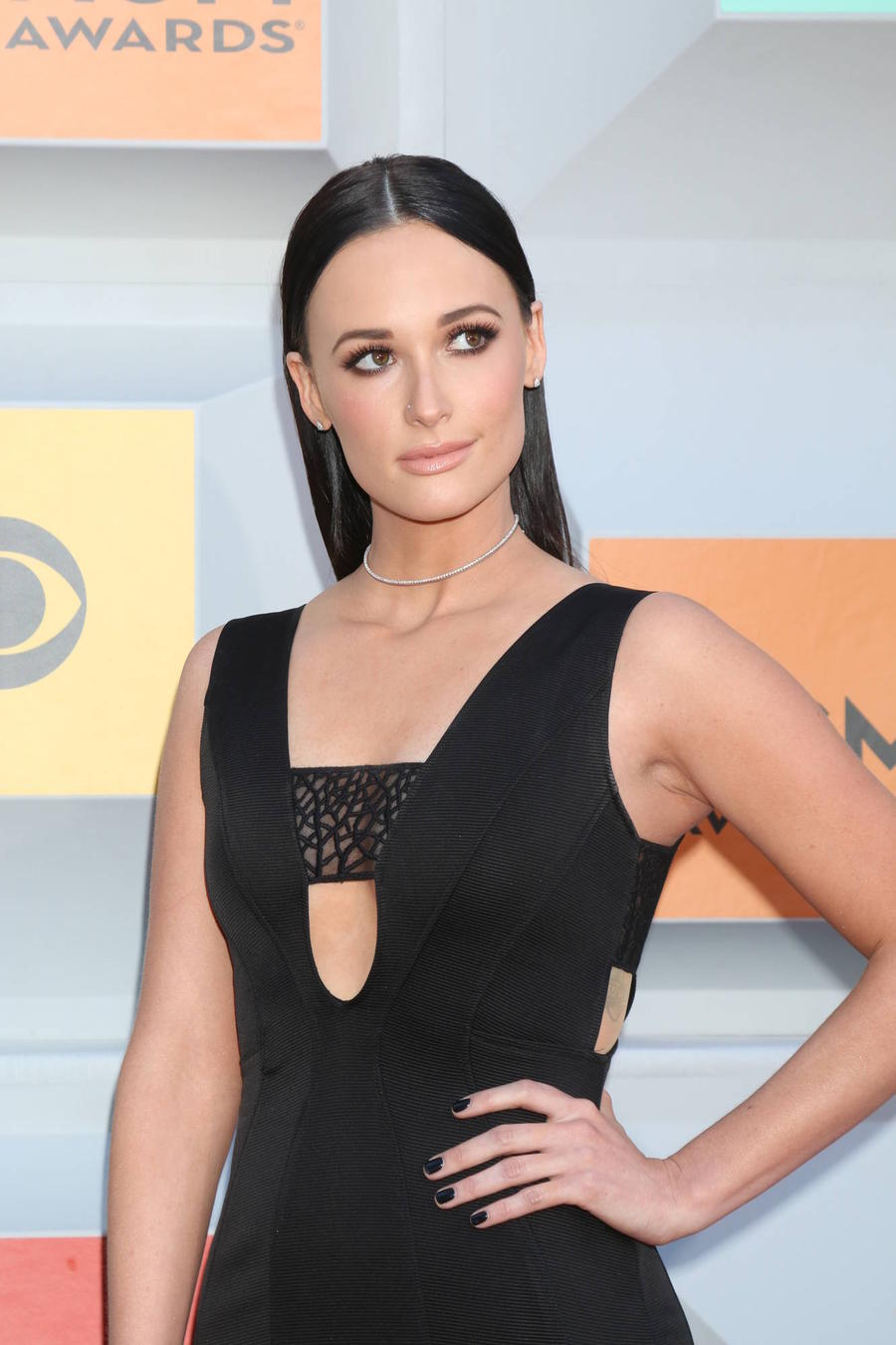 Kacey Musgraves Records Christmas Tune With Willie Nelson