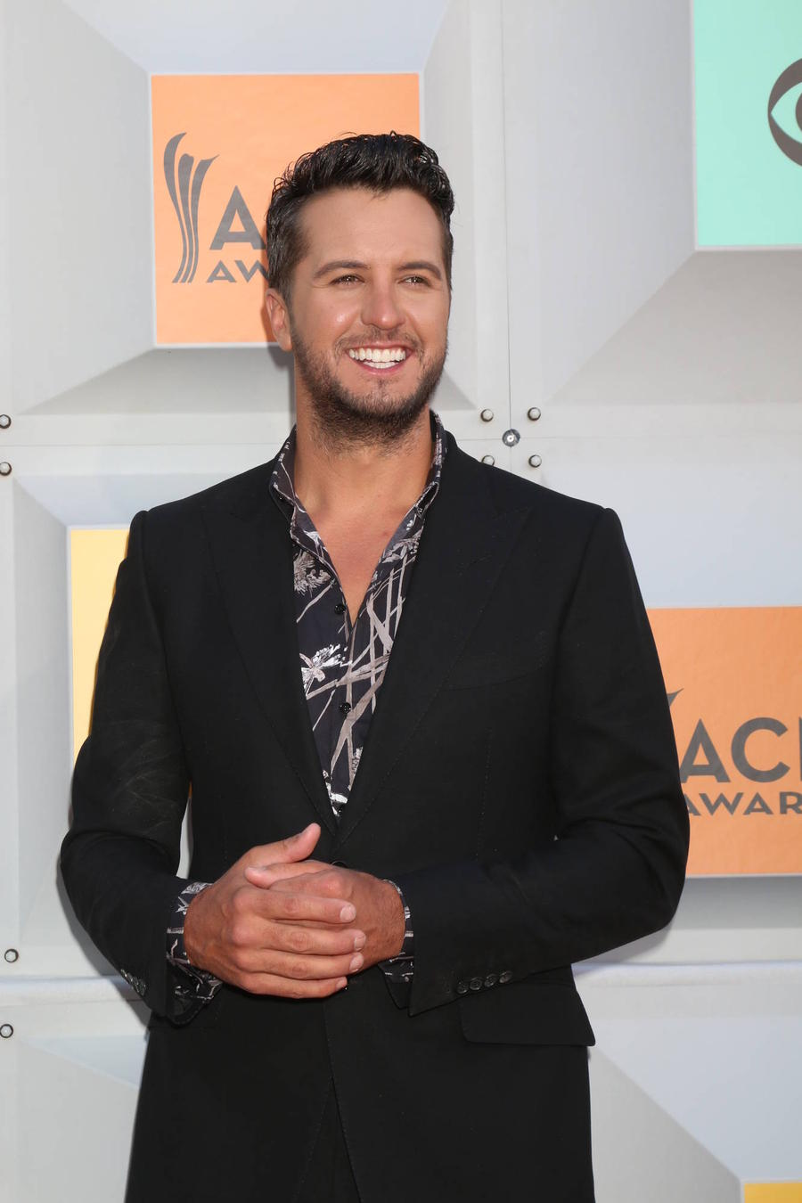 Luke Bryan Doubles Up At American Country Countdown Awards