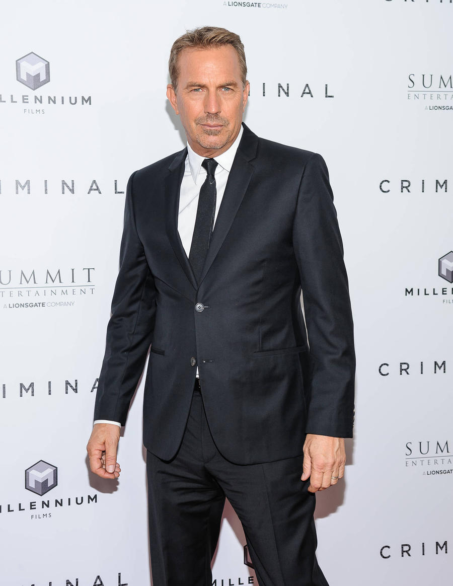 Kevin Costner In Talks To Play Jessica Chastain's Dad