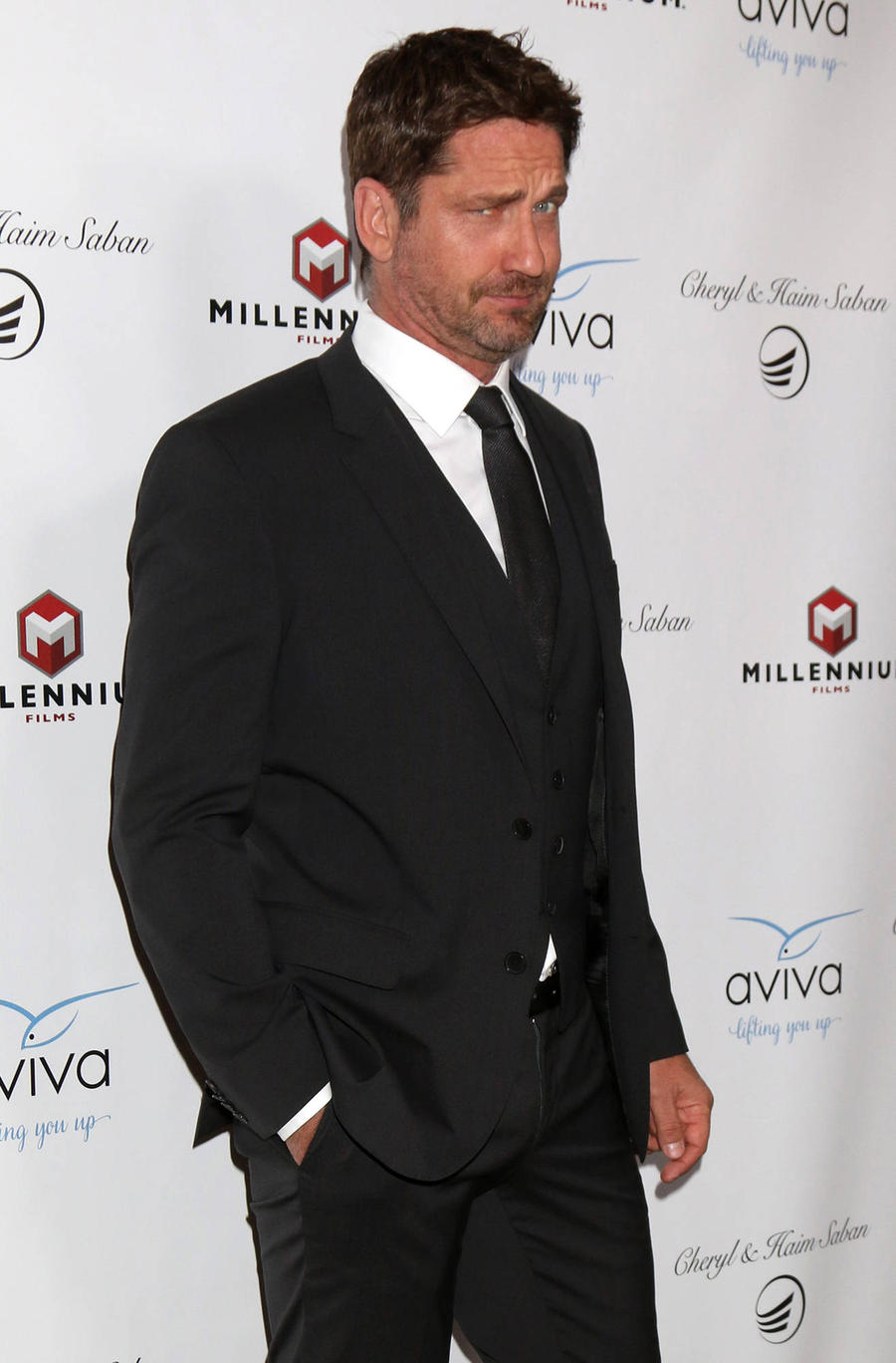 Gerard Butler Battling To Save Children's Ward In Hometown Hospital