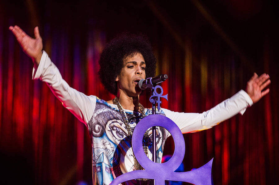 Prince Honoured At Minnesota Vikings Football Game
