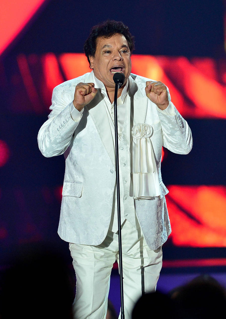 Fans Turn Juan Gabriel Tribute Shows Into Huge Affairs