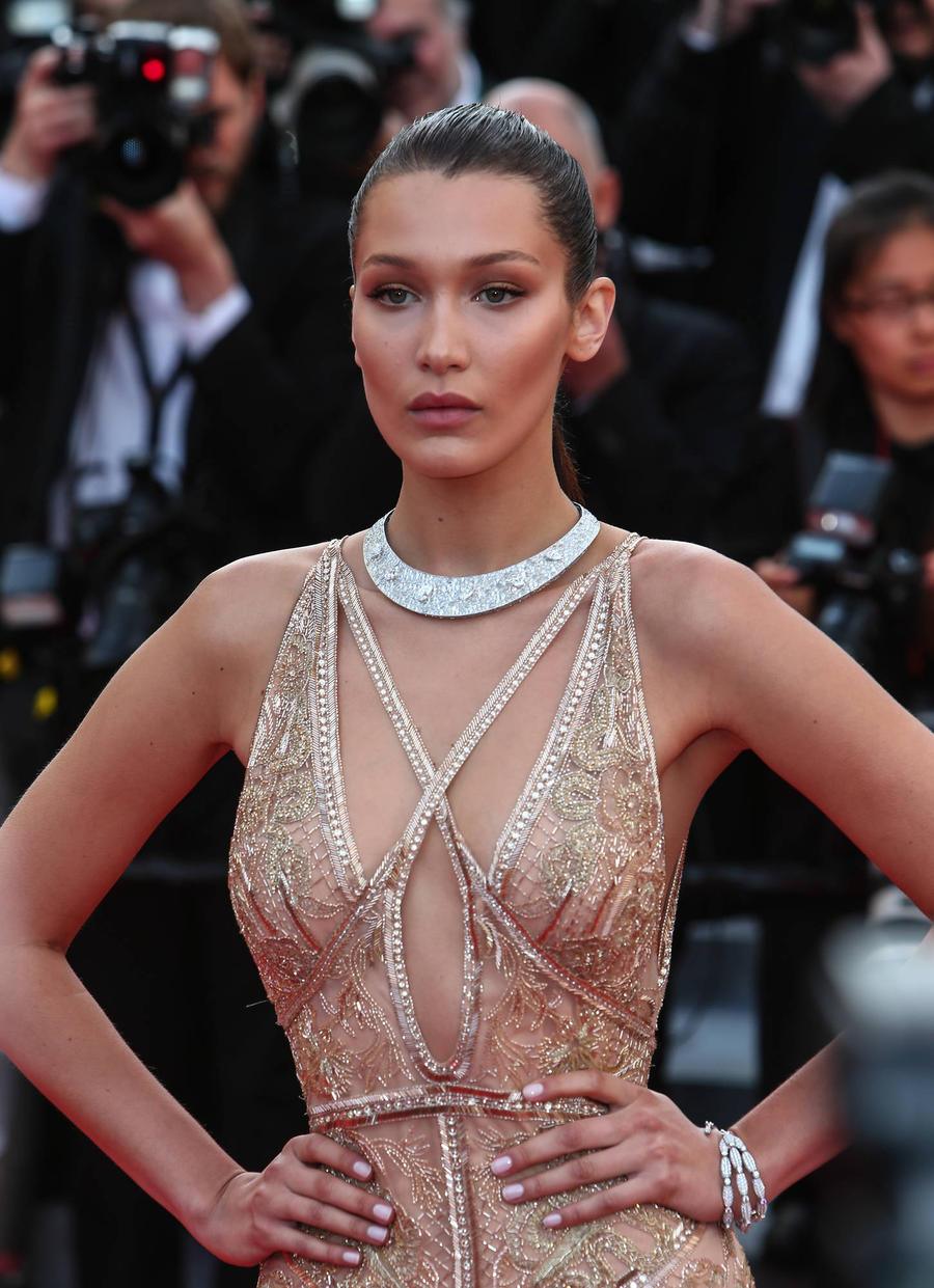 Bella Hadid Shares Iv Treatment Photo