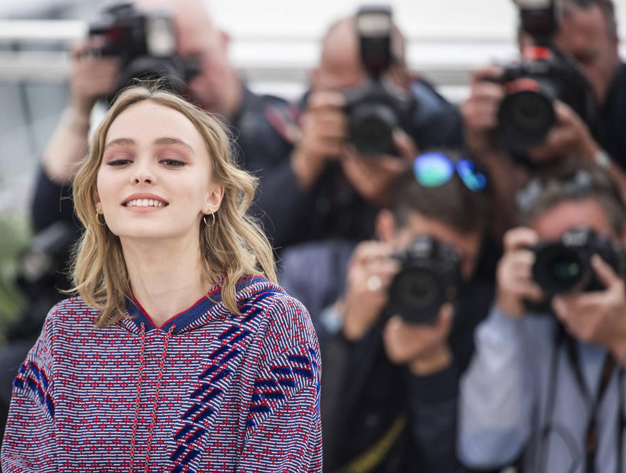 Lily-rose Depp Hit Trendy Mall The Grove To Pick Out Costume Choices For New Film