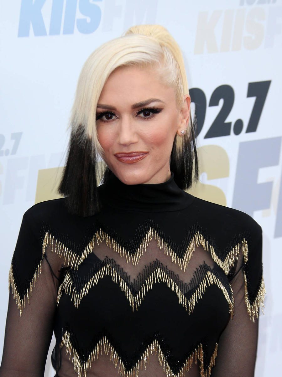 Gwen Stefani's Brother Bonds With Blake Shelton