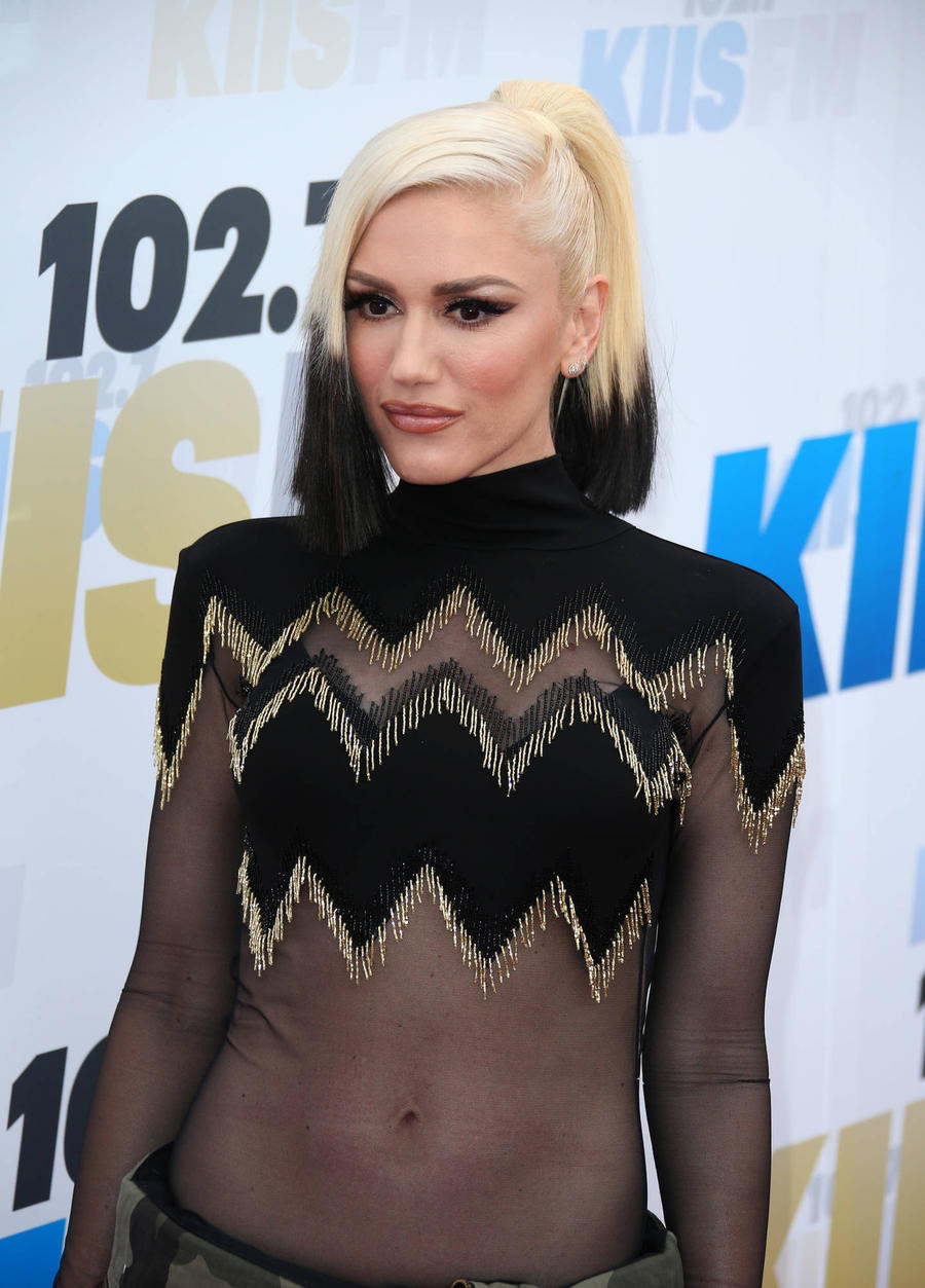 Gwen Stefani And Gavin Rossdale Reunite For Son's Ball Game