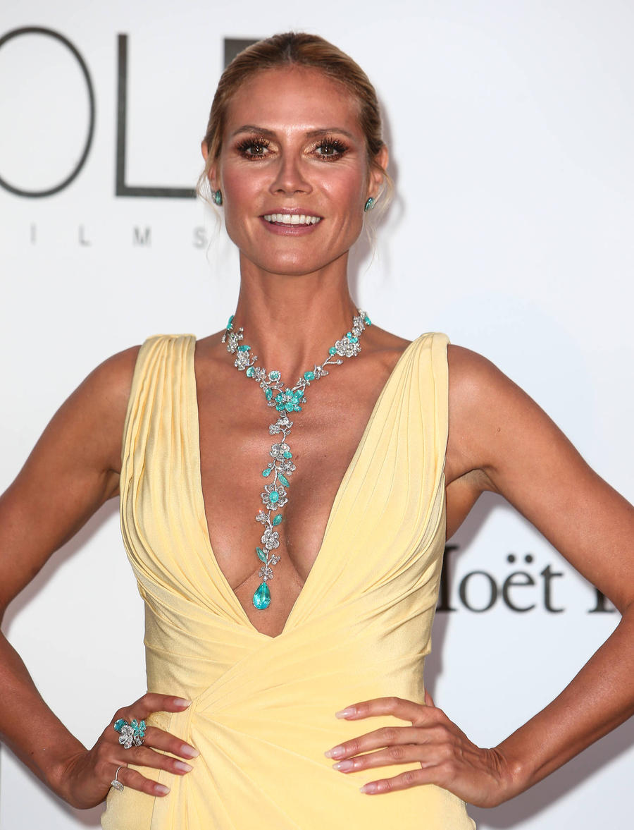 Heidi Klum Topless For Cannes Film Festival Beach Day