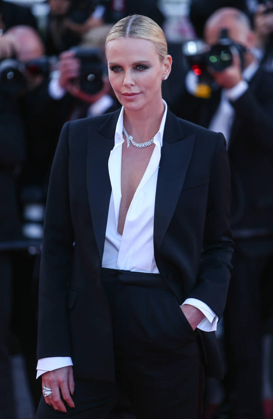 Charlize Theron Sparred With Keanu Reeves While Training For Atomic Blonde