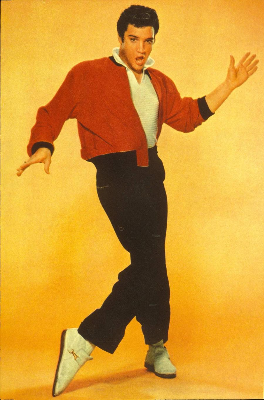 Elvis Presley's Longtime Guitarist Scotty Moore Dies