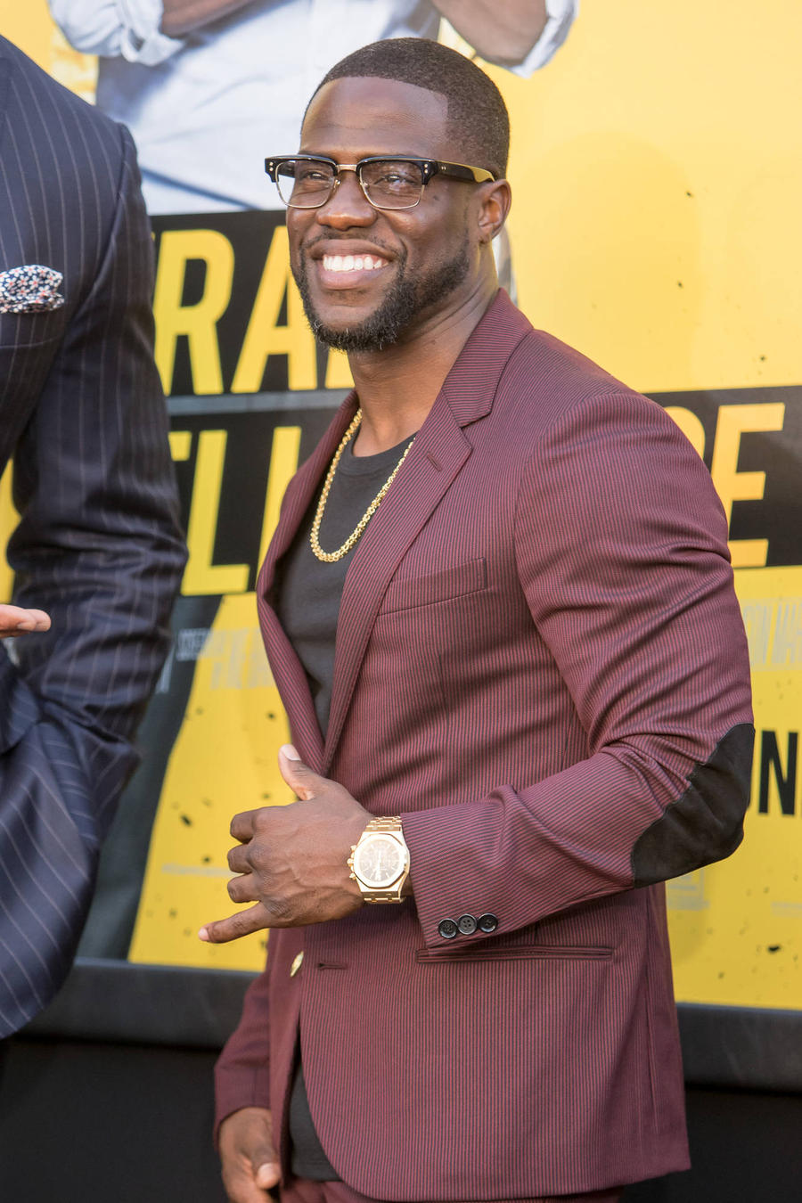 Kevin Hart Posts Funny Bogus Photo Of Home Invader