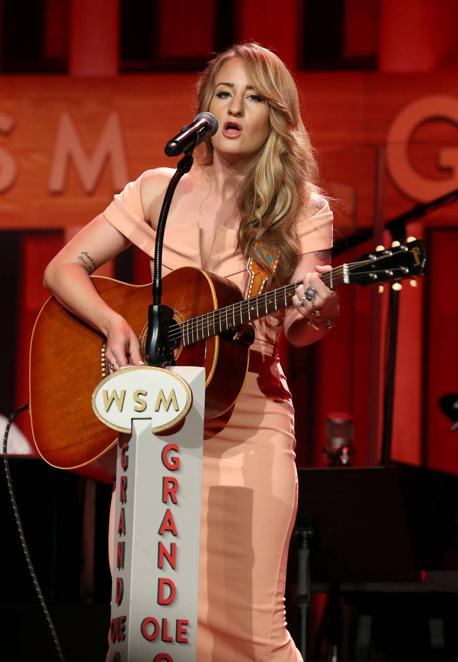 Margo Price Wins 2017 American Music Prize