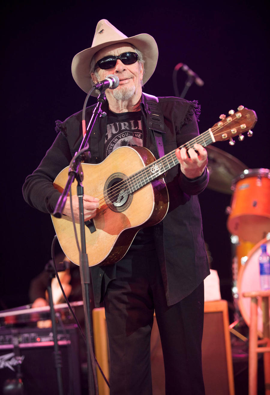 Oklahoma Officials Win Approval For Merle Haggard Statue