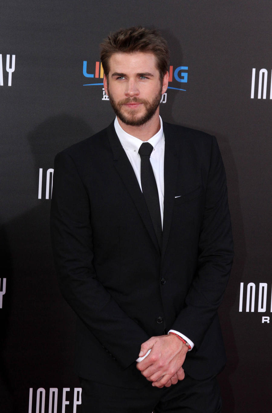 Liam Hemsworth And Miley Cyrus Make Reunion Official On Instagram