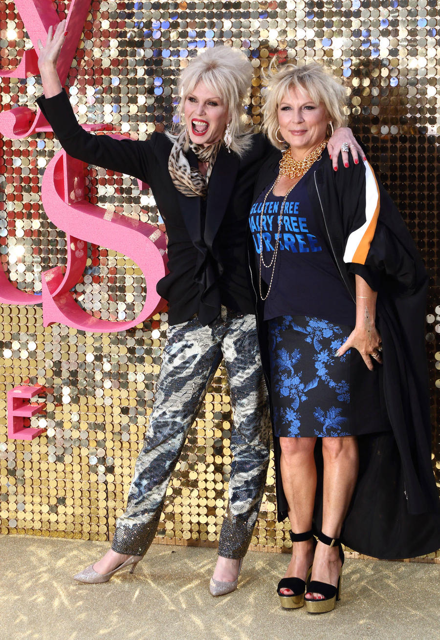 Jennifer Saunders Casts Amy Schumer And Lena Dunham In Dream Abfab Prequel