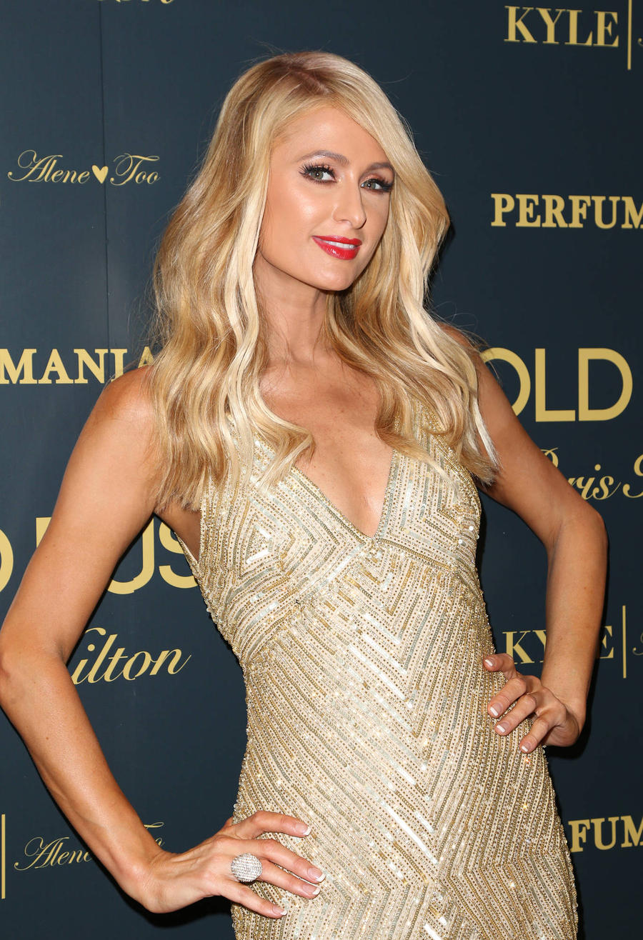Paris Hilton Walks The Runway In Milan