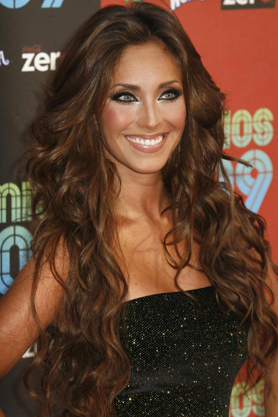Anahi Records Song With Julion Alvarez For Pope's Mexico Trip