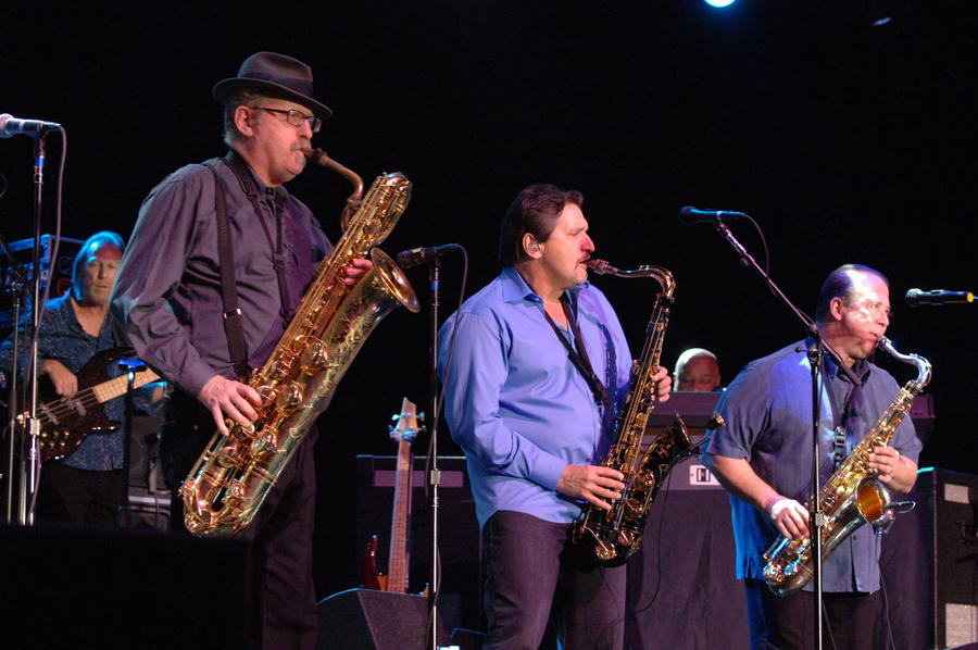 Tower Of Power Musicians Hospitalised After Train Accident