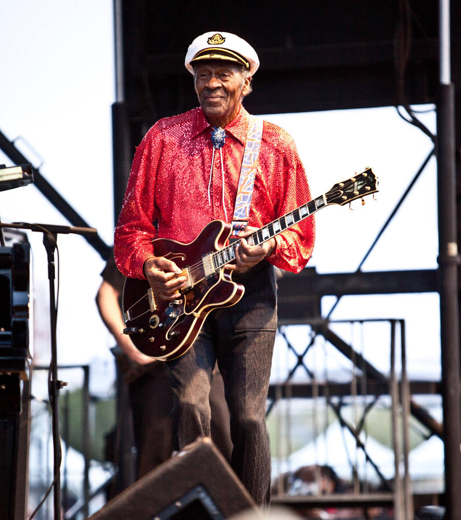 Rock Icon Chuck Berry Dies