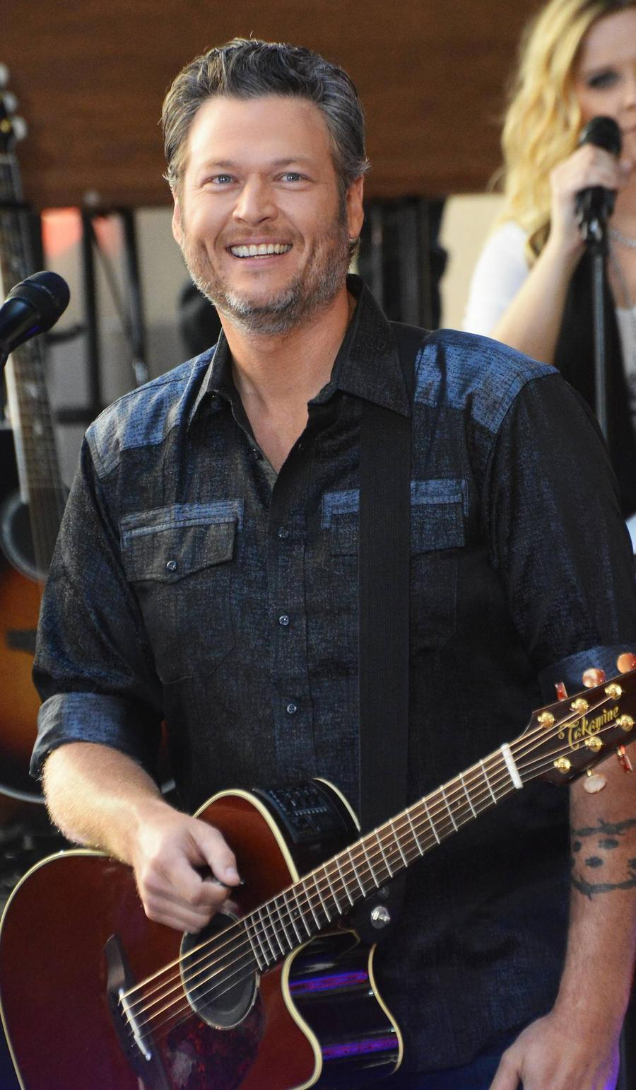 Blake Shelton Challenges Record Label Bosses To Make New The Voice Winner A Big Star