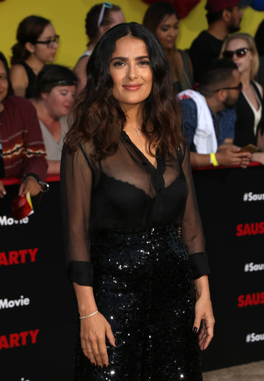 Salma Hayek Celebrates Turning 50 With Mariachi Band