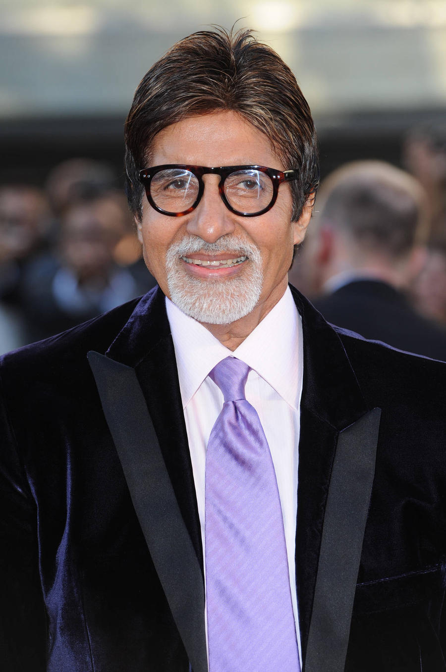Bollywood Stars Evacuated After Blaze