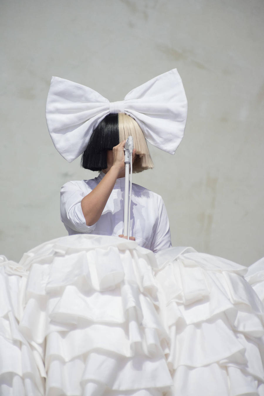 Sia And Kylie Minogue Push For Marriage Equality At Aria Awards