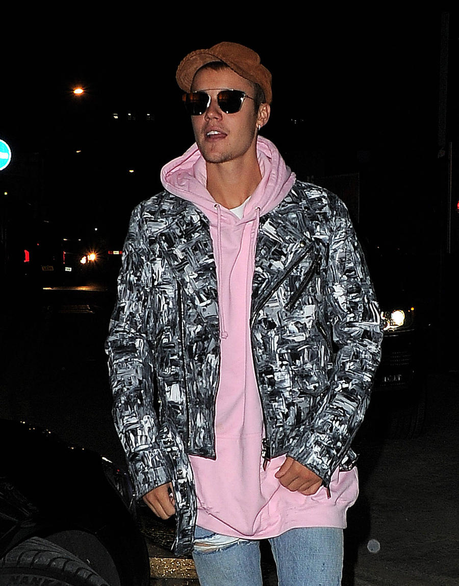 Justin Bieber Stays Silent As He Returns To Instagram