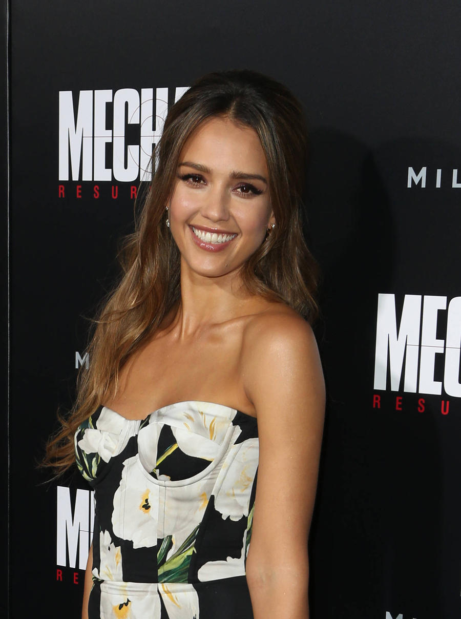 Jessica Alba Mastered Krav Maga For Mechanic: Resurrection