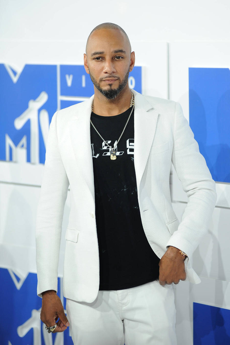 Swizz Beatz Captures Power Couples' Night Out After Vmas