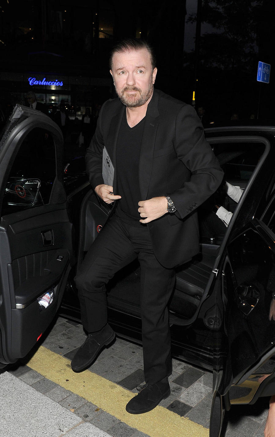 Ricky Gervais Won't Cut Wine Out Of His Diet