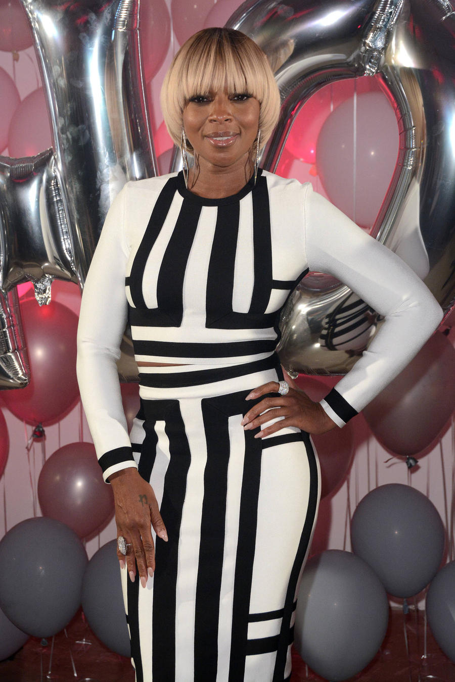 Mary J. Blige Thrills At Jimmy Choo Party
