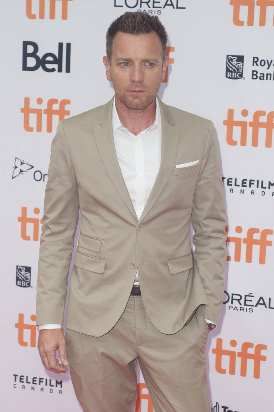 Ewan Mcgregor To Receive Humanitarian Award