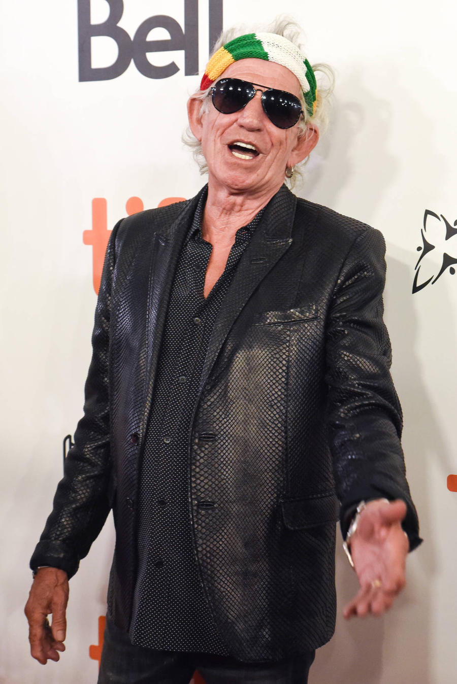 Keith Richards And Robert De Niro Star In Refugee Campaign Video