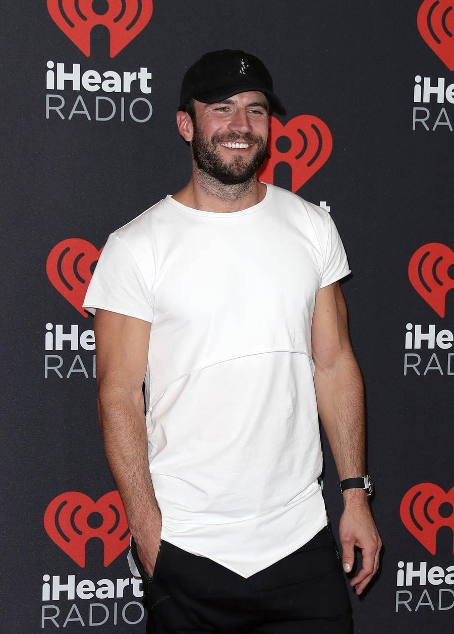 Sam Hunt Proposed To On-off Girlfriend On Spiritual Retreat In Israel