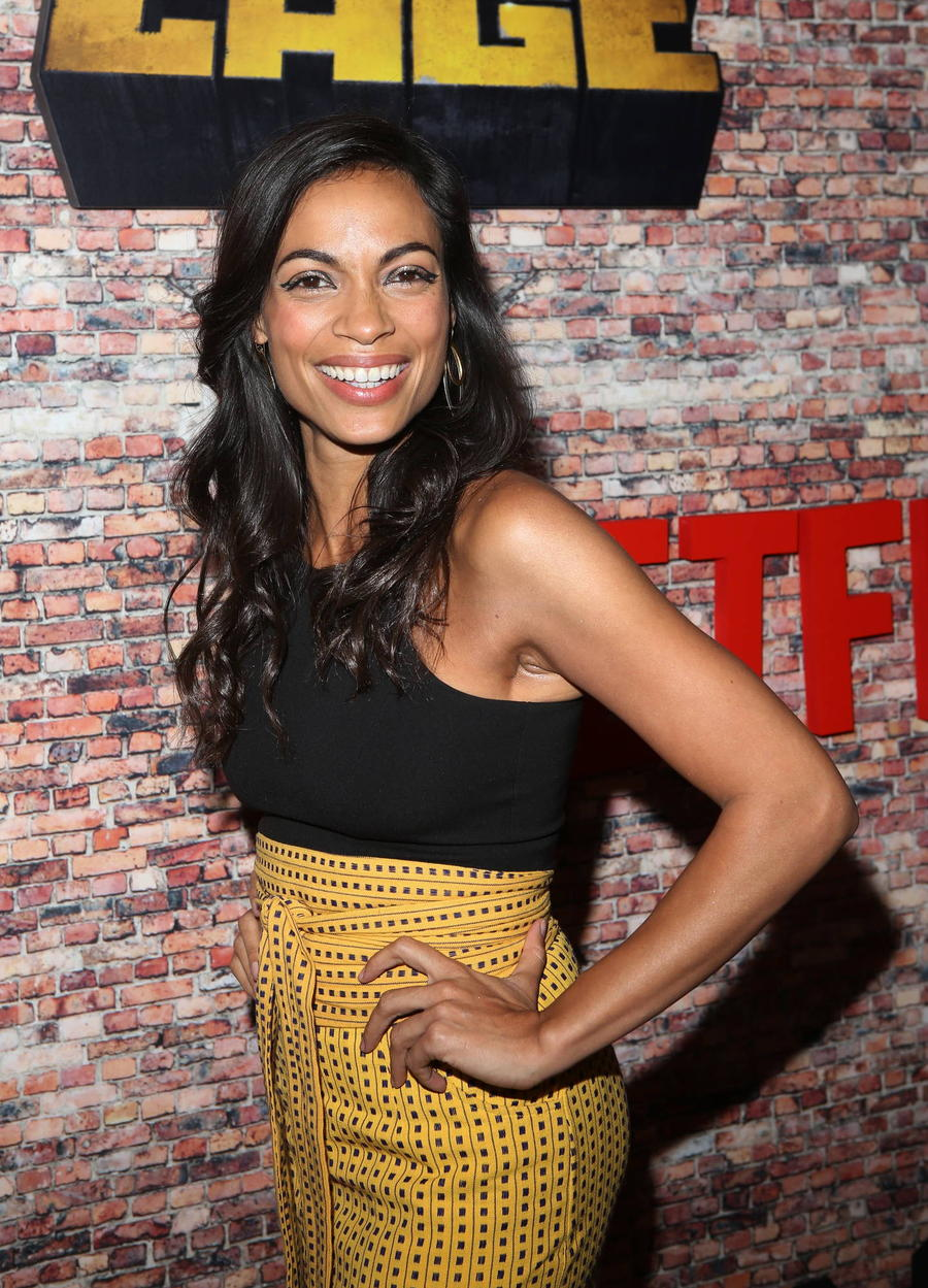 Rosario Dawson Would Love To Go Green As She-hulk