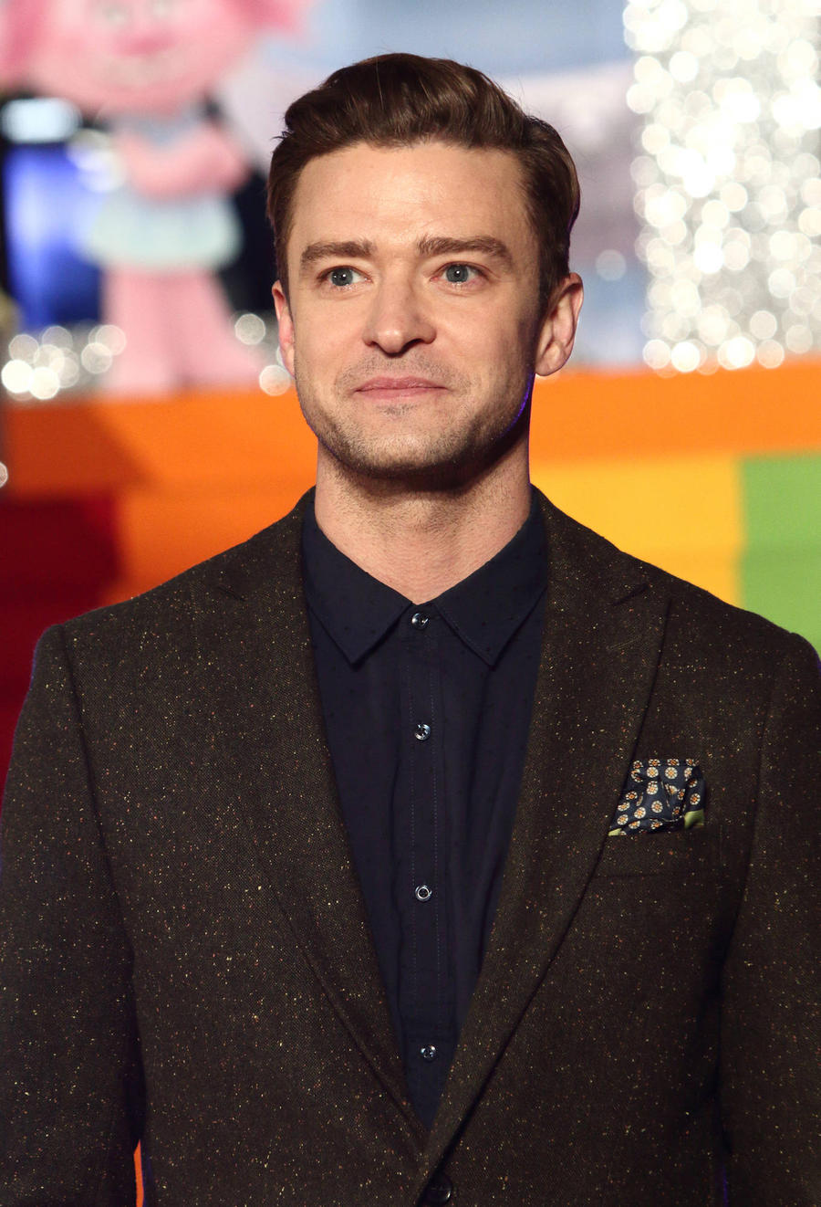Justin Timberlake Treats Twitter Fans To Free Pizza