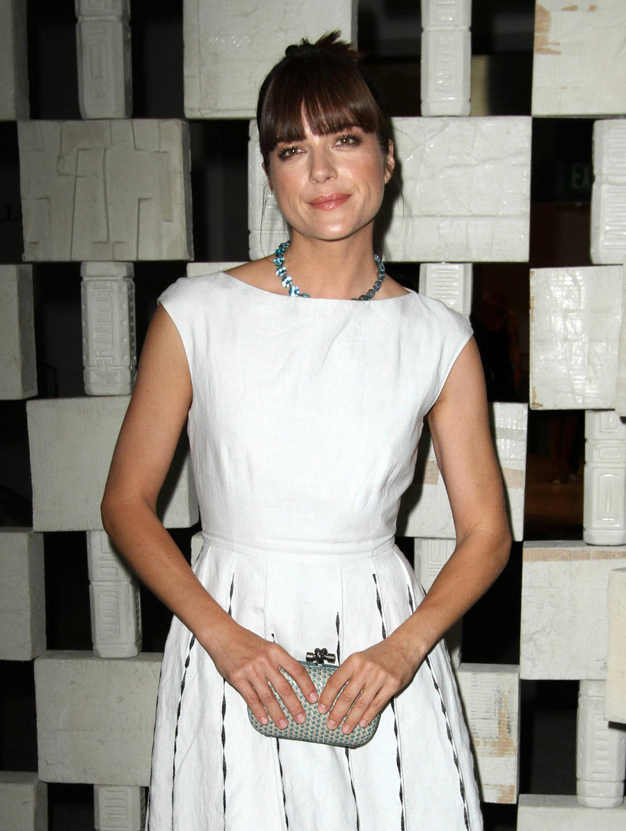 Selma Blair Takes Responsibility For Airplane Outburst