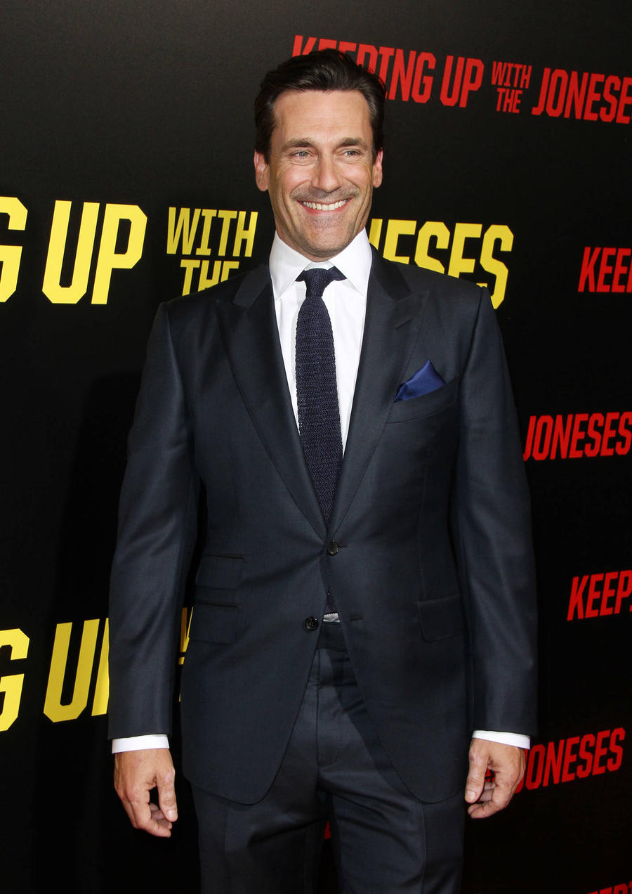 Jon Hamm: 'I'm Too Nosy To Be A Good Spy'