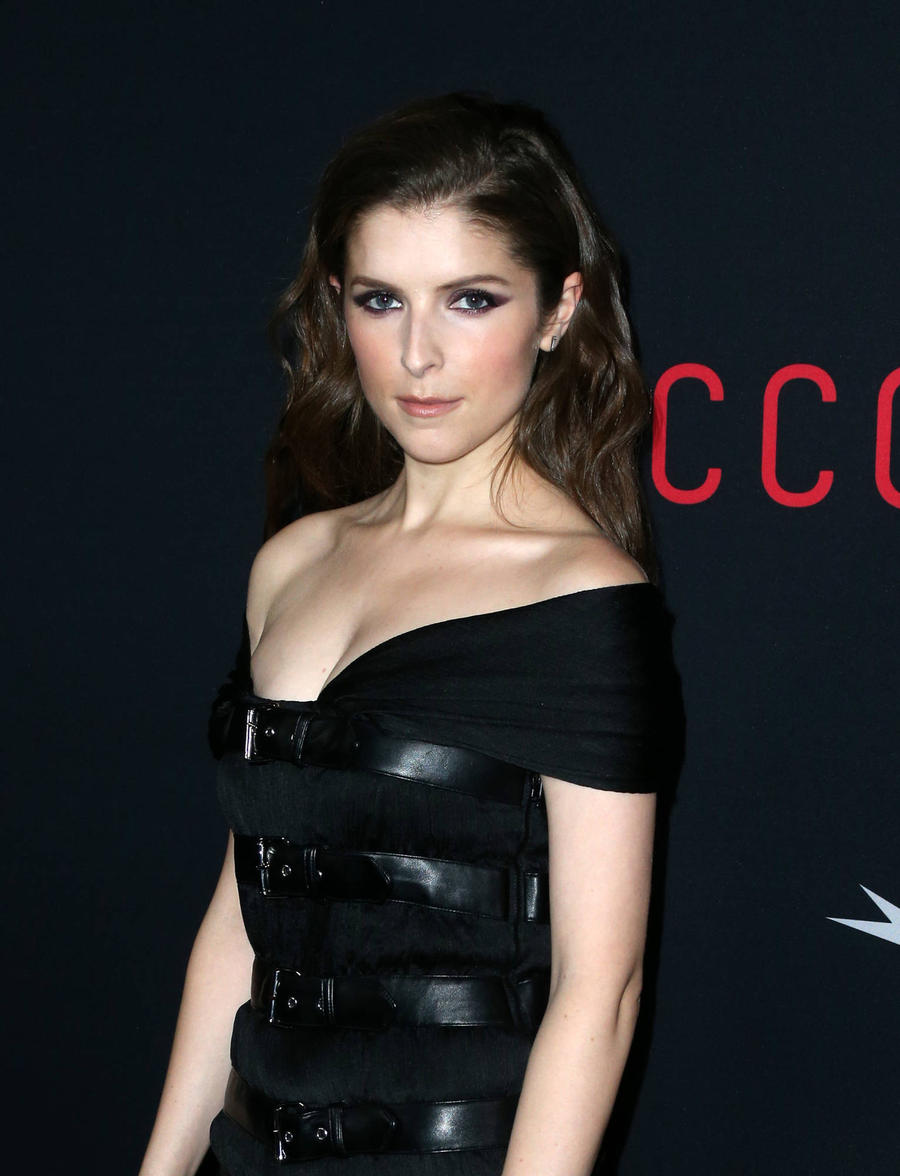 Anna Kendrick Cannot Understand 'Irony' Of Fame And Fashion