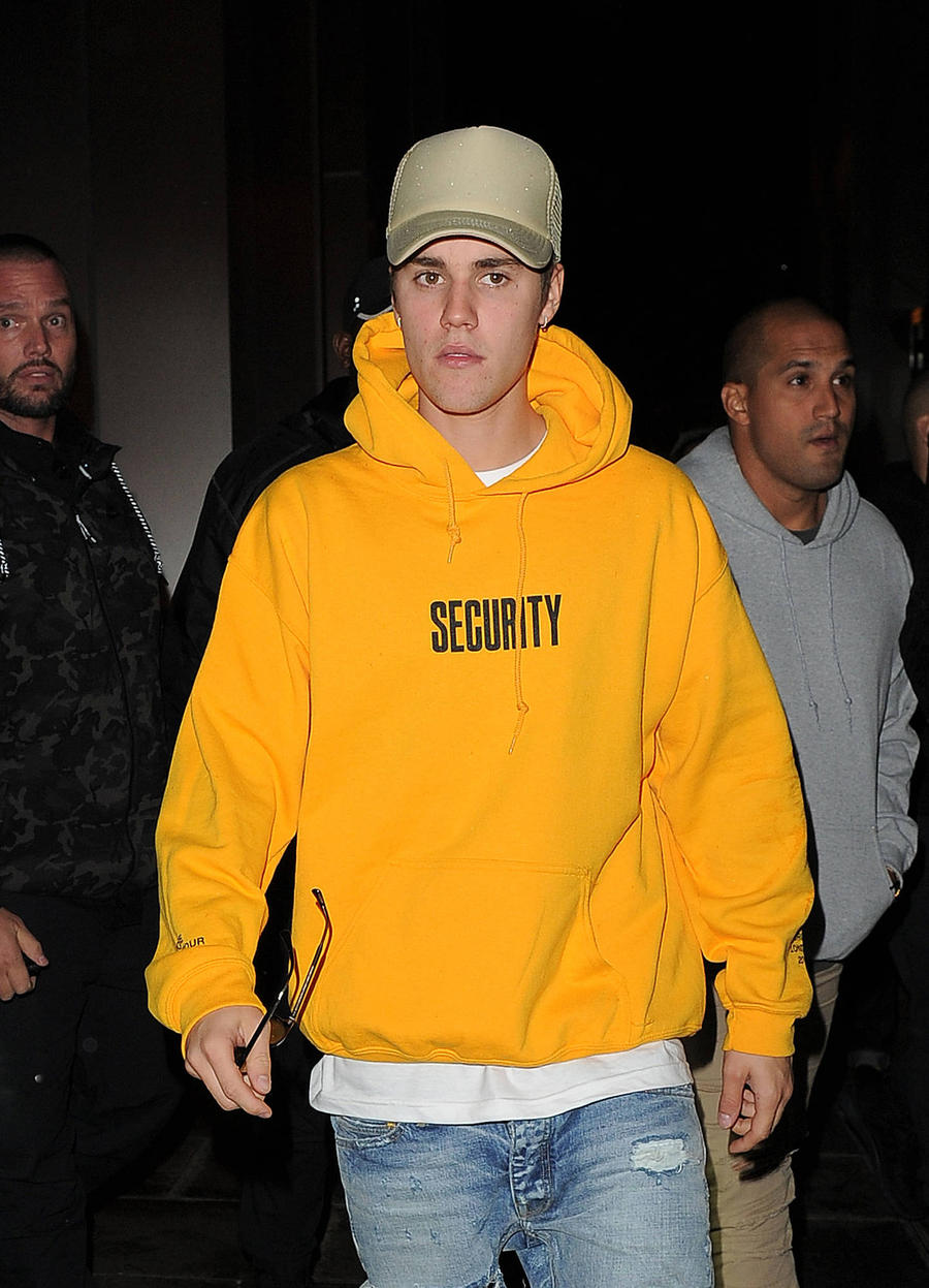 Justin Bieber Indicted In Argentina Over Paparazzo Altercation