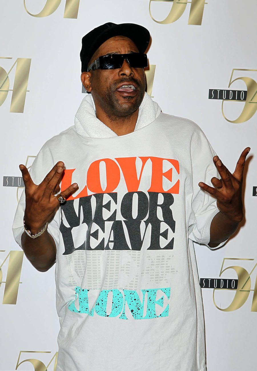 Tone Loc Nearly Collapses On Stage