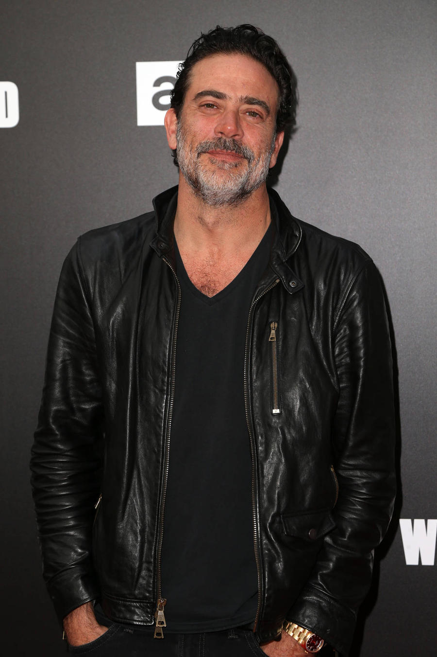 ** Spoiler Alert** Jeffrey Dean Morgan: 'The Walking Dead Premiere Episode Nearly Broke Me'