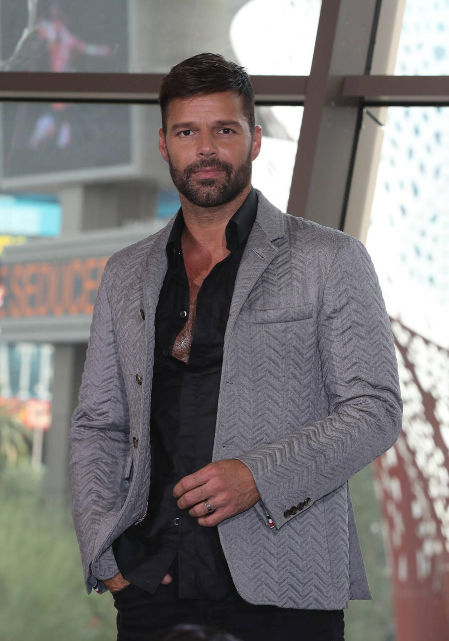 Ricky martin ricky martin channels christian grey in new for Father martin s ashley