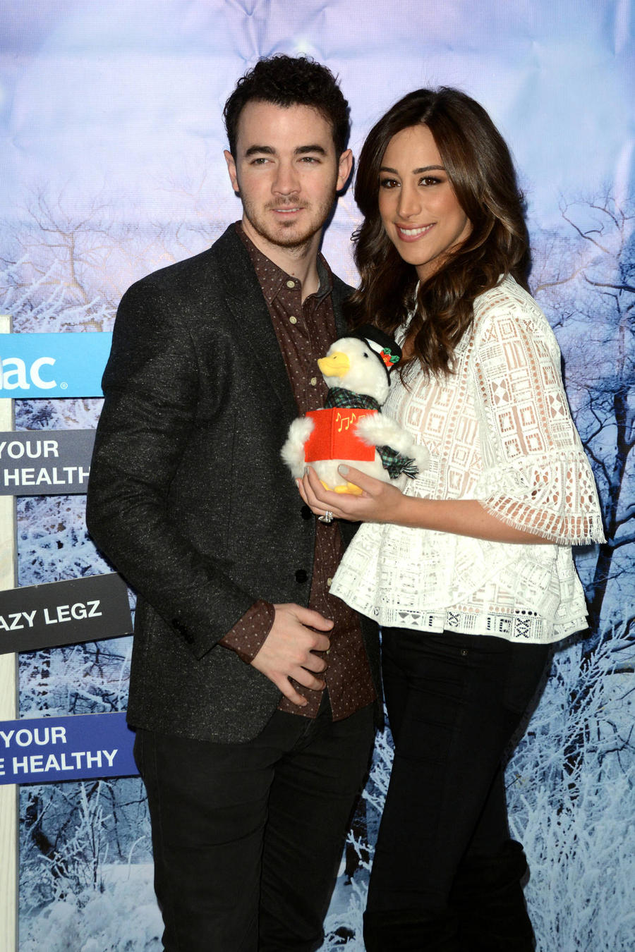 Kevin Jonas Was An Emotional Mess After Newborn Daughter's Arrival